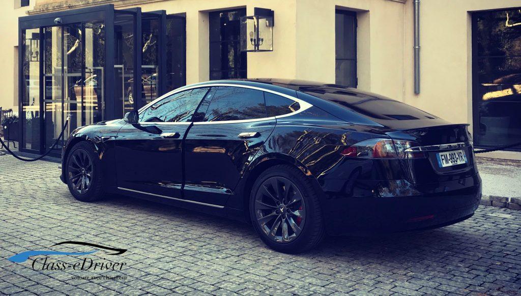 Location Tesla avec chauffeur Saint Tropez