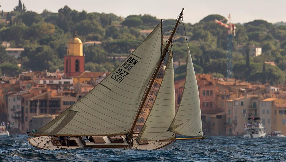 Chauffeur service Byblos St Tropez