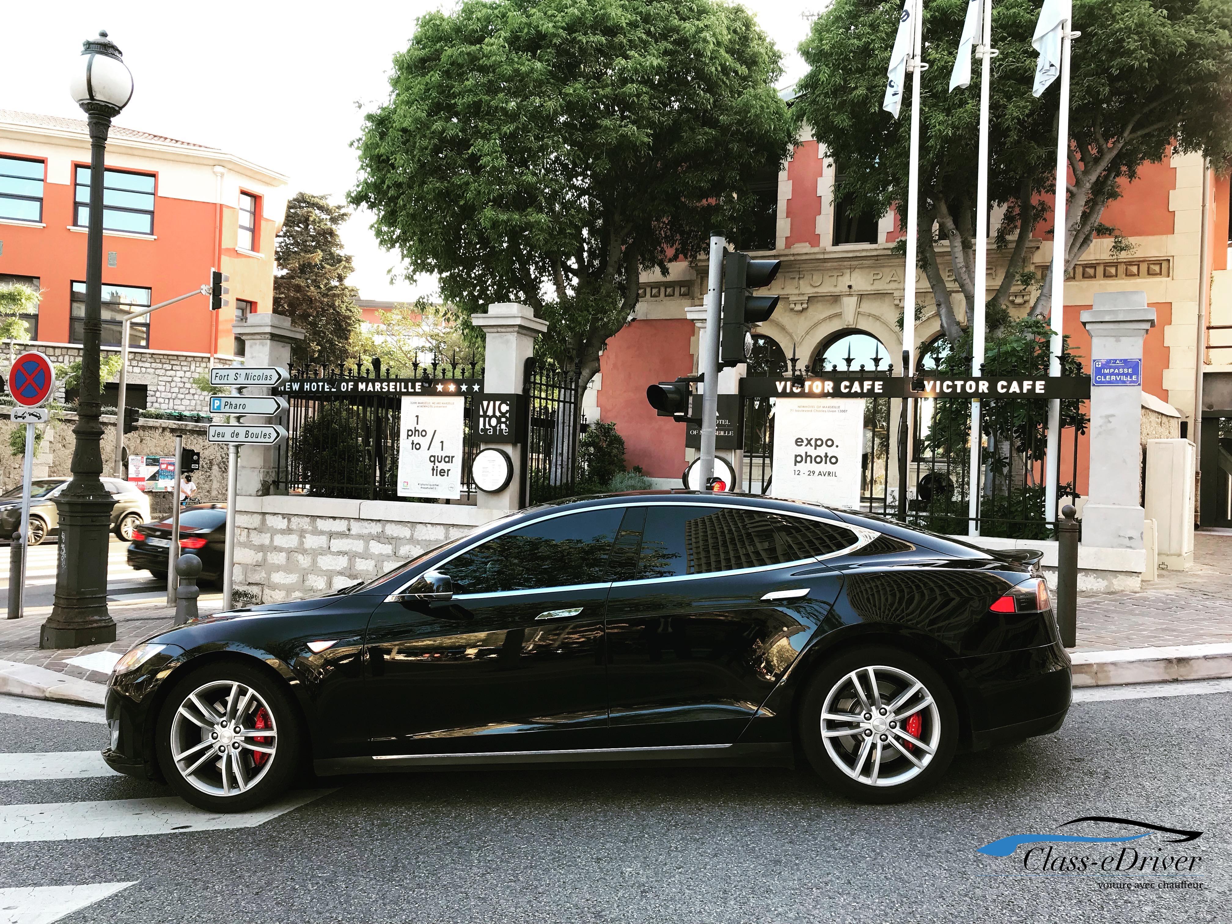 TESLA Model S avec Chauffeur VIP Marseille