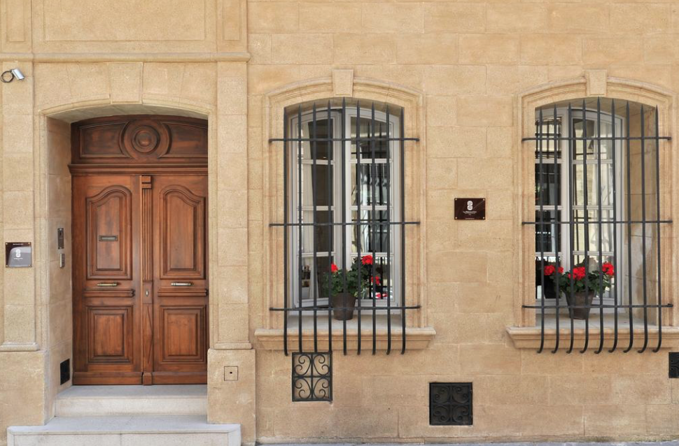 Chauffeured Car Service LAMAISON D'AIX, 25 Rue du 4 Septembre, 13100 Aix-en-Provence